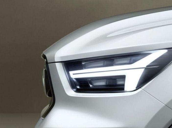 La nuova Volvo V40 2019 arriverà anche 100% elettrica - Foto 6 di 10
