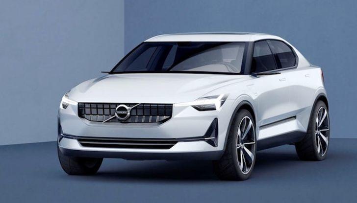 La nuova Volvo V40 2019 arriverà anche 100% elettrica - Foto 2 di 10
