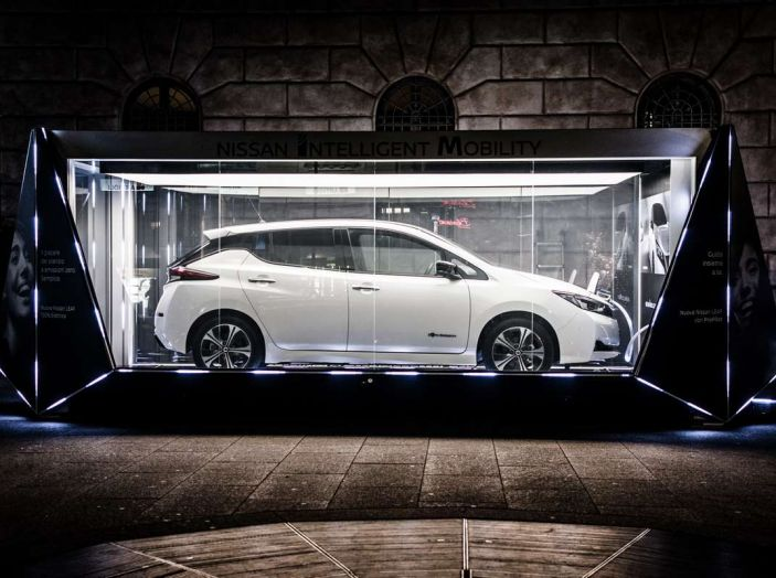 Nuova Nissan LEAF 2018 offerta a 299 euro al mese - Foto 2 di 26