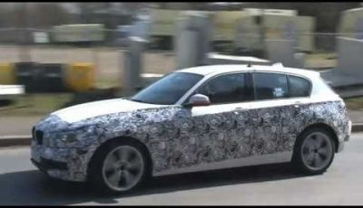 BMW Serie 1 spy video in pista al Nürburgring