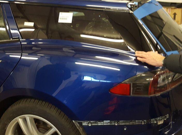 La prima Tesla Model S Station Wagon è dedicata a un barbone - Foto 4 di 5