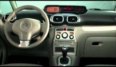 Citroen al mondiale dell'auto di parigi 2012 – C3 Picasso film studio