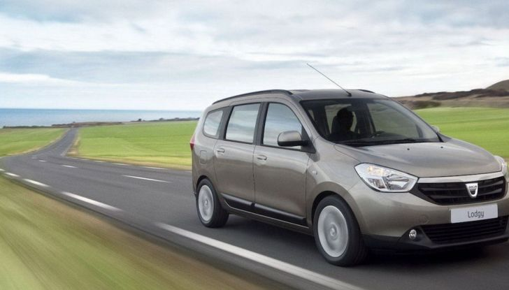 Le 10 migliori autovetture economiche a 7 posti: quali scegliere - Foto 5 di 11