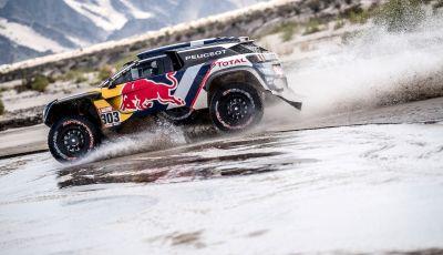 Dakar 2018 – Le Peugeot 3008DKR Maxi arrivano in gruppo e rimangono al comando