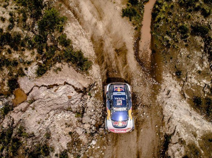 Dakar 2018 – Sainz vince tappa 6 ma Peterhansel è saldamente al comando - Foto 1 di 3