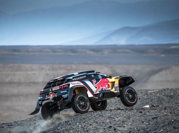 Dakar 2018 – Nuova vittoria della Peugeot 3008DKR ma ritiro di Loeb/Elena - Foto 2 di 5