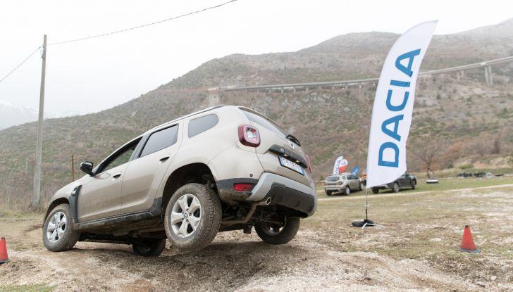 Dacia Duster 2018, arrivano i nuovi motori BlueDCi - Foto 40 di 45