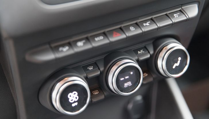 Dacia Duster 2018, arrivano i nuovi motori BlueDCi - Foto 21 di 45