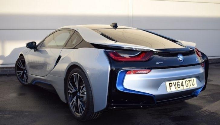La BMW i8 di Wayne Rooney è in vendita a 70 mila euro - Foto 3 di 12