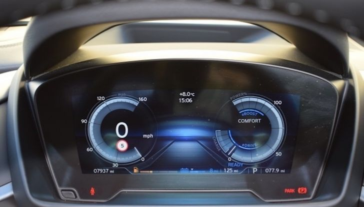 La BMW i8 di Wayne Rooney è in vendita a 70 mila euro - Foto 10 di 12