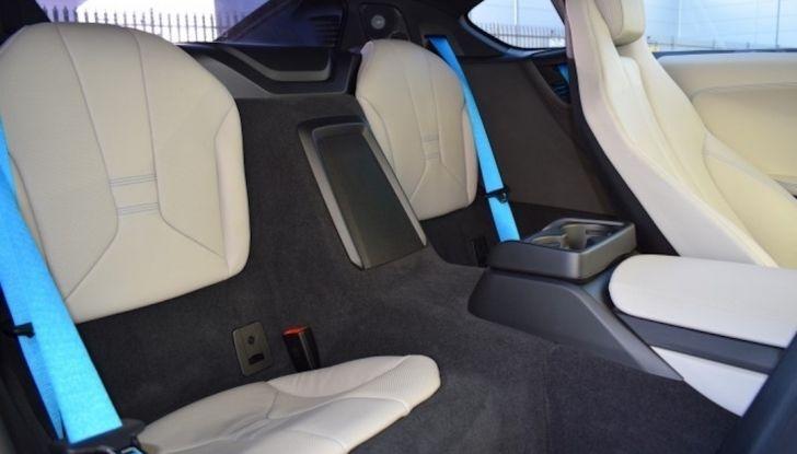 La BMW i8 di Wayne Rooney è in vendita a 70 mila euro - Foto 12 di 12