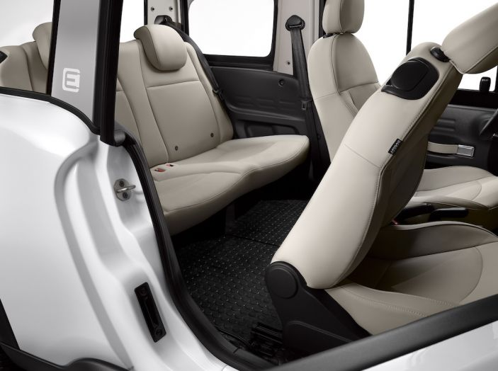Citroën E-Mehari 2018, hardtop e nuovi interni per l'icona del Double Chevron - Foto 25 di 35