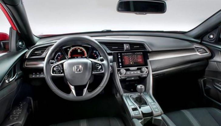 Nuova Honda Civic 2018 con motore Diesel i-DTEC - Foto 9 di 19