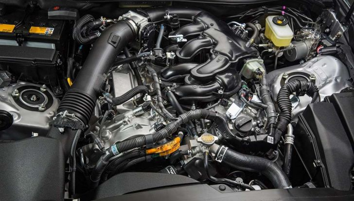 I 9 consigli per far vivere a lungo il motore dell'auto - Foto 7 di 12