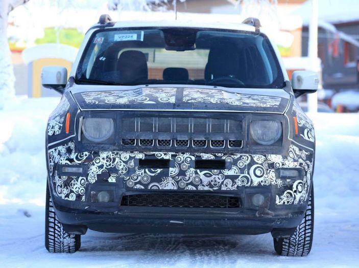 Jeep Renegade restyling 2019, prime immagini dei test - Foto 3 di 34
