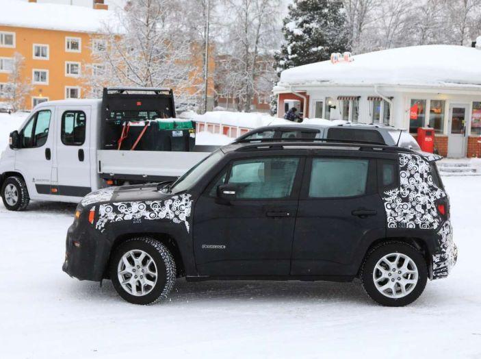 Jeep Renegade restyling 2019, prime immagini dei test - Foto 5 di 34