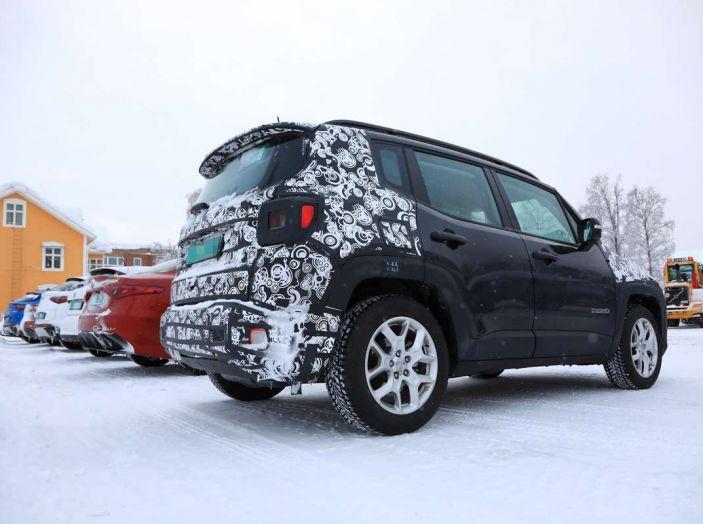 Jeep Renegade restyling 2019, prime immagini dei test - Foto 23 di 34