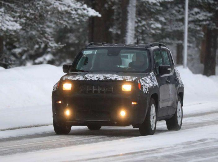 Jeep Renegade restyling 2019, prime immagini dei test - Foto 2 di 34