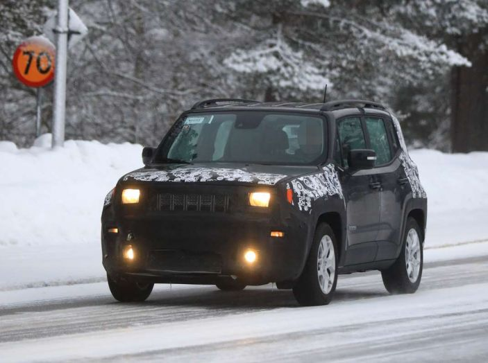 Jeep Renegade restyling 2019, prime immagini dei test - Foto 27 di 34