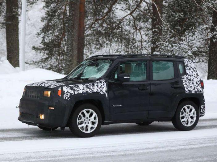 Jeep Renegade restyling 2019, prime immagini dei test - Foto 30 di 34