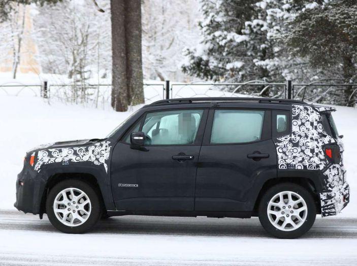 Jeep Renegade restyling 2019, prime immagini dei test - Foto 31 di 34