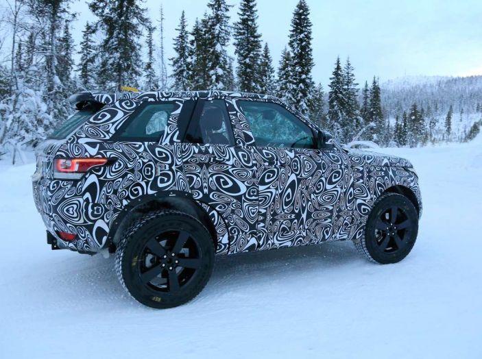 Nuova Land Rover Defender 2018, prime immagini dei test dinamici - Foto 5 di 9