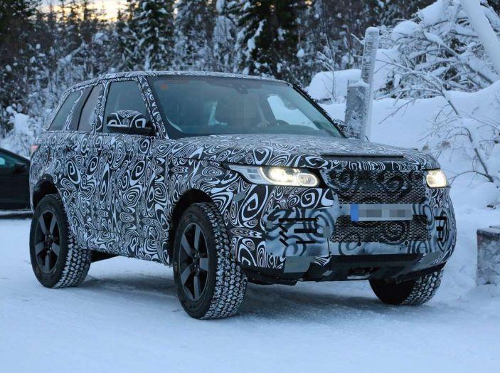 Nuova Land Rover Defender 2018, prime immagini dei test dinamici - Foto 9 di 9