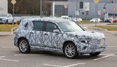 Mercedes GLB 2020, il nuovo SUV della Stella per ampliare la gamma