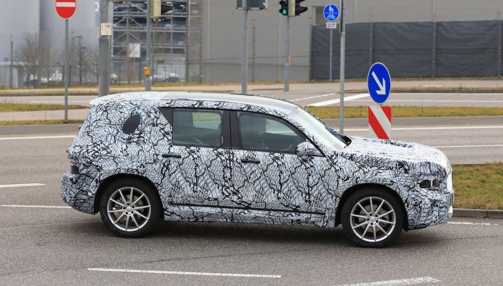 Mercedes GLB 2020, il nuovo SUV della Stella per ampliare la gamma - Foto 5 di 8