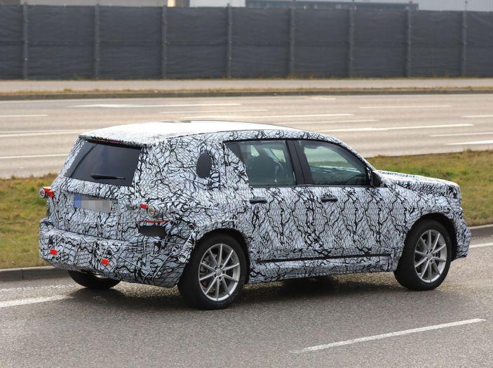 Mercedes GLB 2020, il nuovo SUV della Stella per ampliare la gamma - Foto 7 di 8