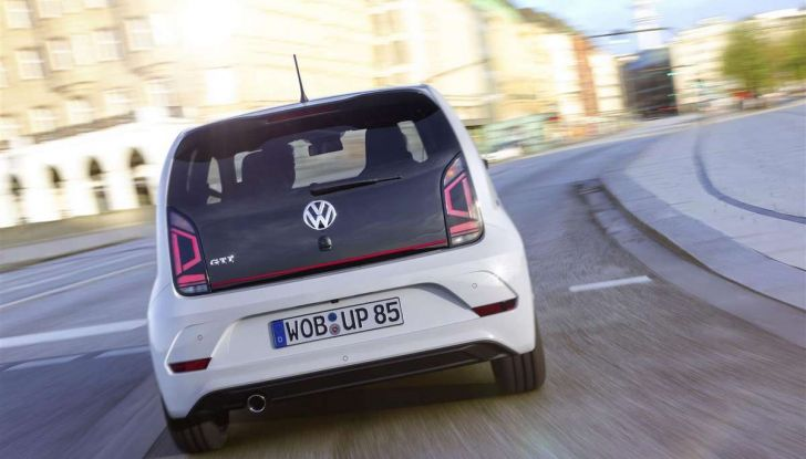 Nuova Volkswagen Up! GTI, prezzi, motori e allestimenti - Foto 12 di 20