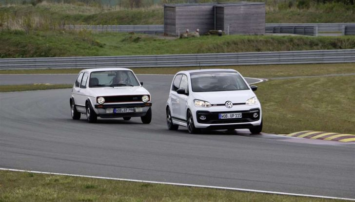 Nuova Volkswagen Up! GTI, prezzi, motori e allestimenti - Foto 20 di 20