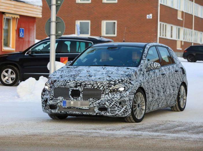 Mercedes Classe B 2019: più sportiva e tecnologica, ancora accogliente - Foto 18 di 28