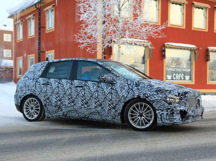 Mercedes Classe B 2019: più sportiva e tecnologica, ancora accogliente - Foto 14 di 28