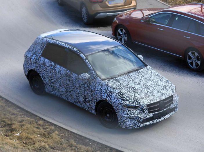 Mercedes Classe B 2019: più sportiva e tecnologica, ancora accogliente - Foto 12 di 28