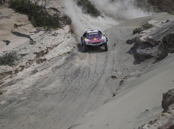 Dakar 2018 – Sebastien Loeb e Daniel Elena (team Peugeot Total) costretti ad abbandonare - Foto 2 di 2