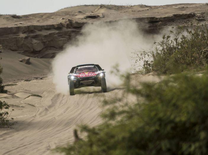 Dakar 2018 – la classifica aggiornata dopo tappa 6. Peugeot in testa - Foto 1 di 1
