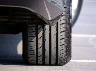 Check-Up estivo degli pneumatici: controlli, precauzioni e consigli con Michelin