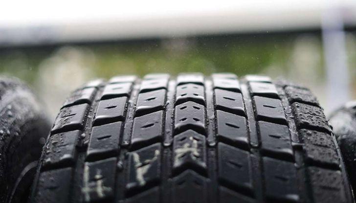 Check-Up estivo degli pneumatici: controlli, precauzioni e consigli con Michelin - Foto 8 di 16