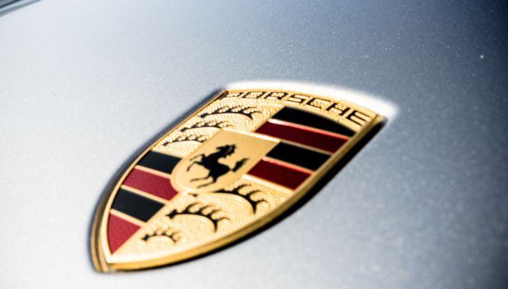 Prova su strada Porsche Panamera 4 E-Hybrid: spettacolo d'elite con la seconda serie - Foto 12 di 34