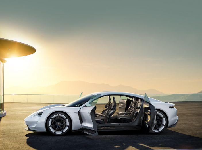 Il futuro elettrico di Porsche con Mission E, Ionity e l'ibrido Plug-In - Foto 4 di 6