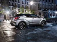 Promozioni SUV Toyota: fino a 7.000€ di sconto su C-HR e RAV4 Hybrid