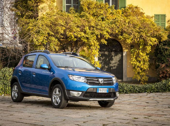Il Gruppo Renault ha il 9,9% del mercato in Italia, non succedeva da 32 anni - Foto 4 di 12