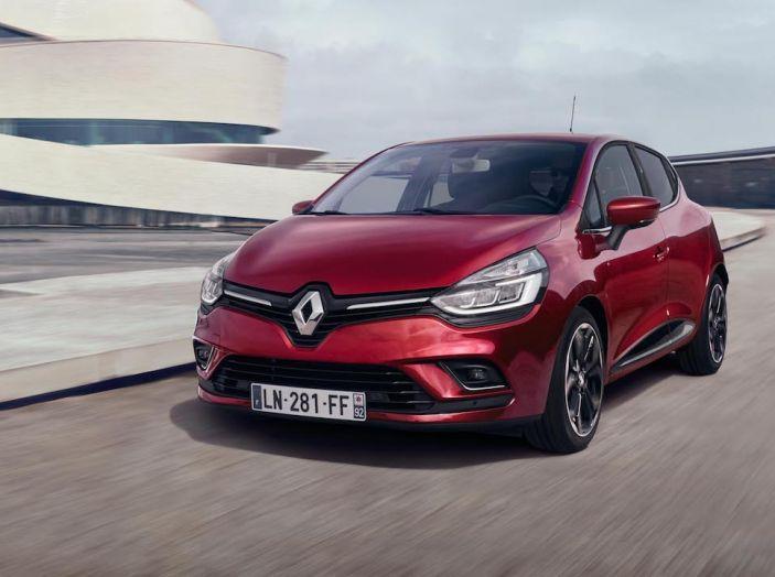 Il Gruppo Renault ha il 9,9% del mercato in Italia, non succedeva da 32 anni - Foto 9 di 12