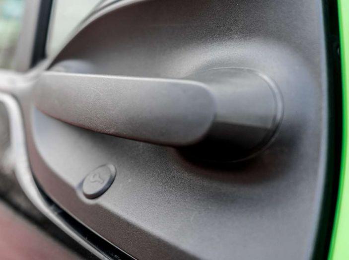 Smart ED: provata su strada la nuova Smart elettrica - Foto 21 di 48