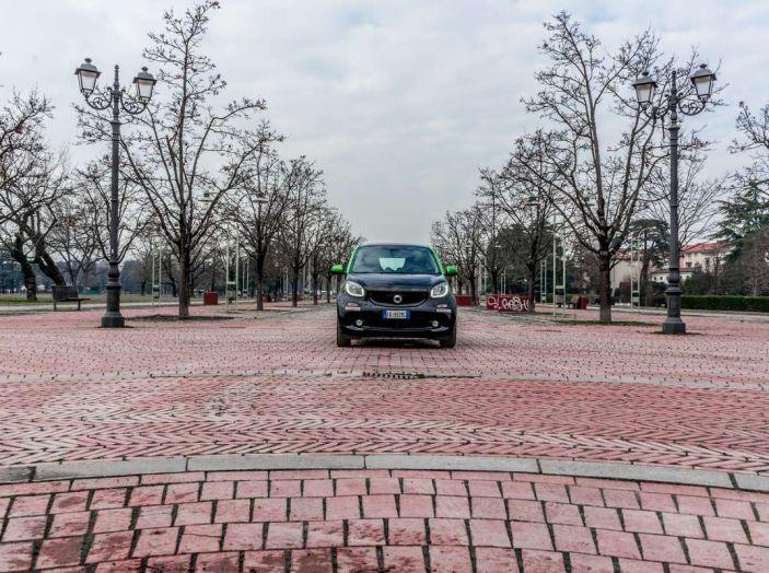 Smart ED: provata su strada la nuova Smart elettrica - Foto 14 di 48
