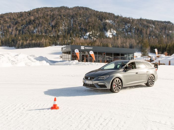SEAT e la trazione integrale 4Drive, prova e recensione sulla neve - Foto 50 di 62