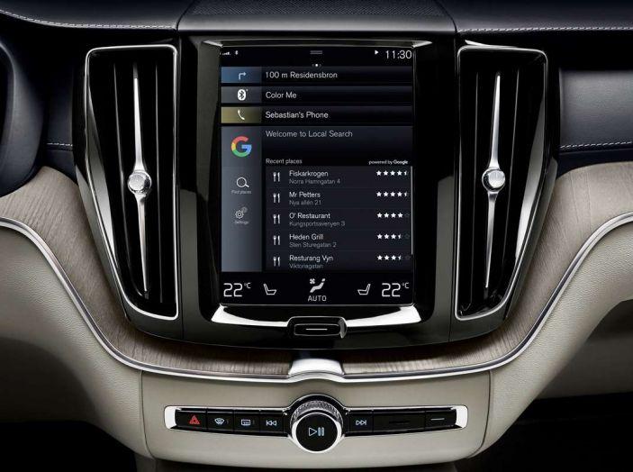 Siete avvisati: la pubblicità arriva sui sistemi di infotainment delle auto - Foto 9 di 9
