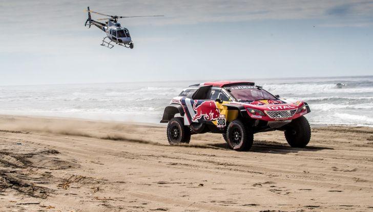 Dakar 2018 – VOCE al team Peugeot nella giornata di riposo - Foto 2 di 2