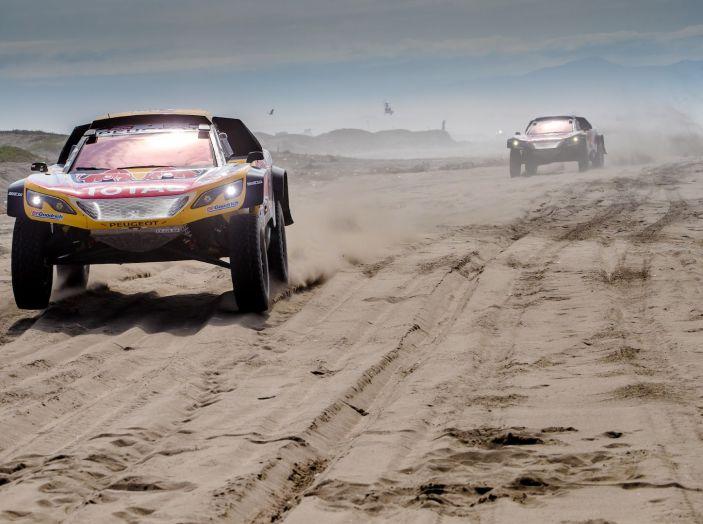 Dakar 2018 – Nuova tripletta delle 3008DKR Maxi nella tappa 4 - Foto 4 di 5
